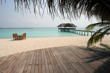 Pobřeží ostrova Madhiriguaraidhoo, Maledivy